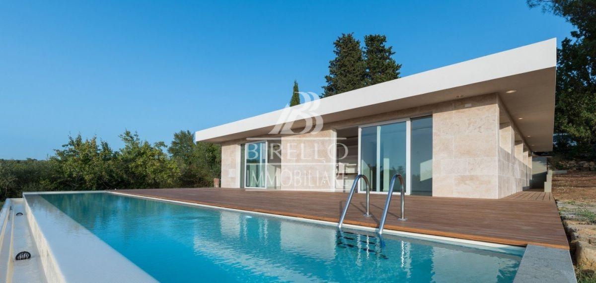 Marignolle Lussuosa Villa Moderna Con Piscina Sulle Prestigiose Colline Di Firenze Birello Immobiliare